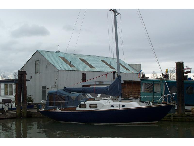 Whitby Boat Works Alberg 30 sloop