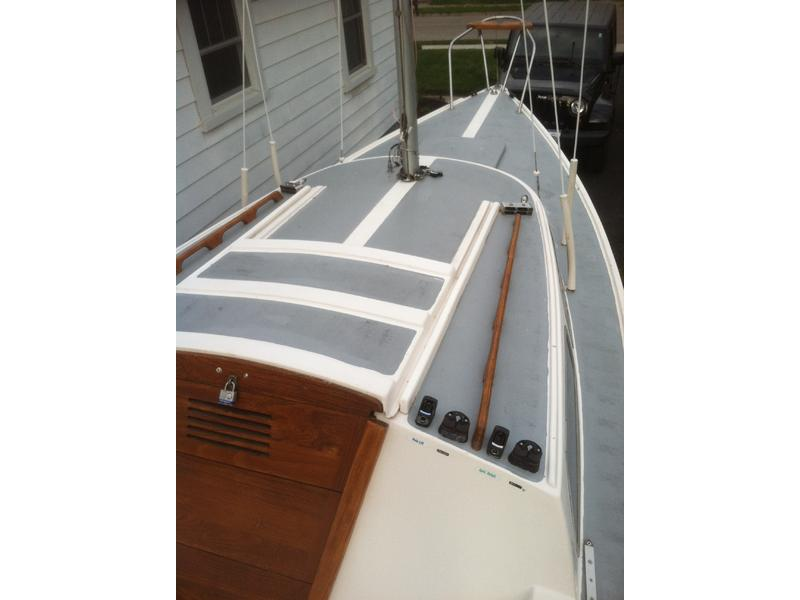 1974 Catalina 22 Most Sailboats 1974 Catalina 22