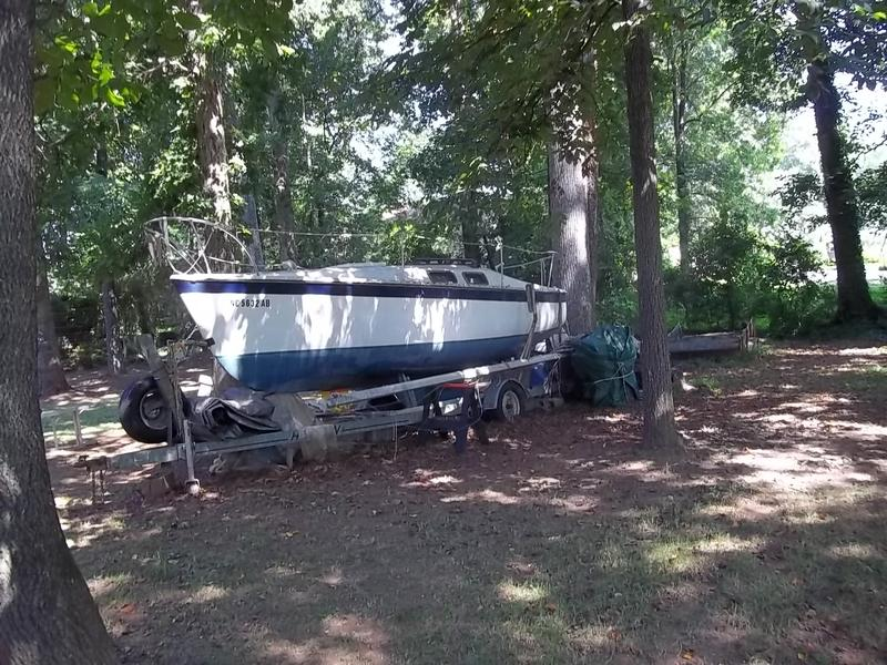 Chrysler C22 Sailboat and Trailer