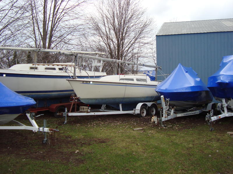 1974 Columbia 23' sloop