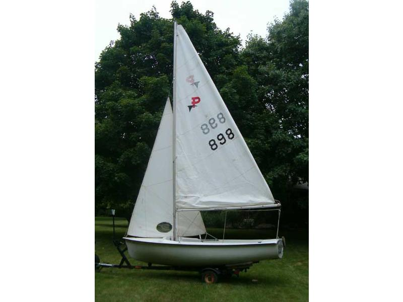 MFG Pintail sailboat