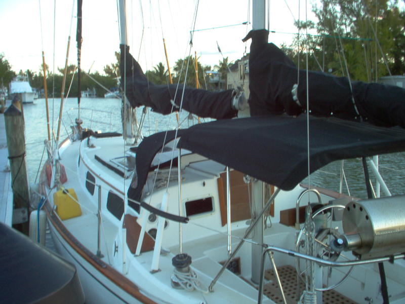 Peason 365 Ketch Rig