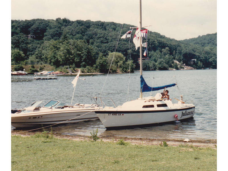 1979 O'Day 22' sloop