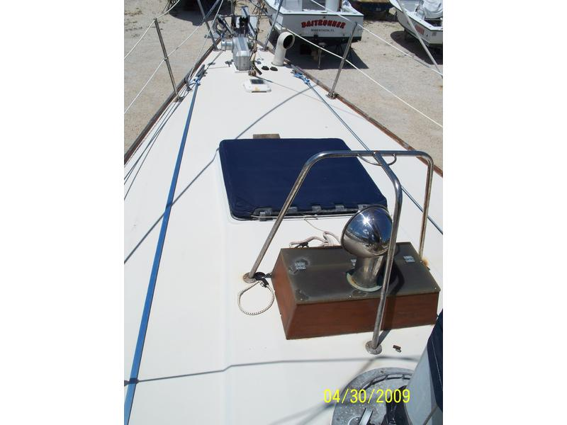 Pearson Centerboard Cutter Rigged