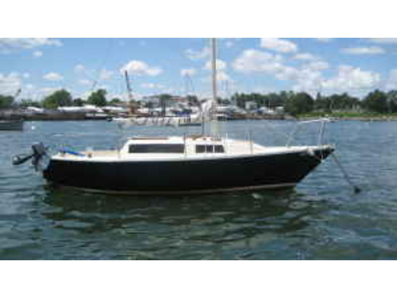 US YACHT 25 FT. Pearson Model hull