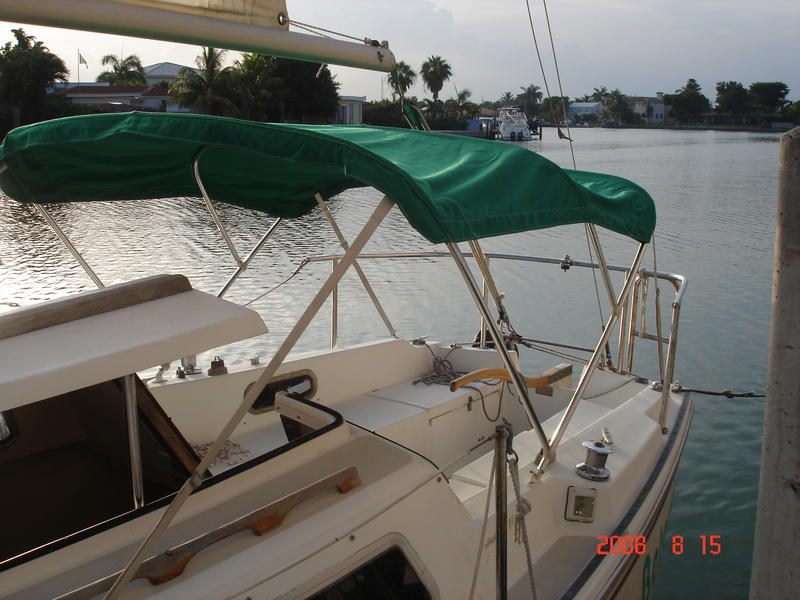 Catalina Sailboat 25