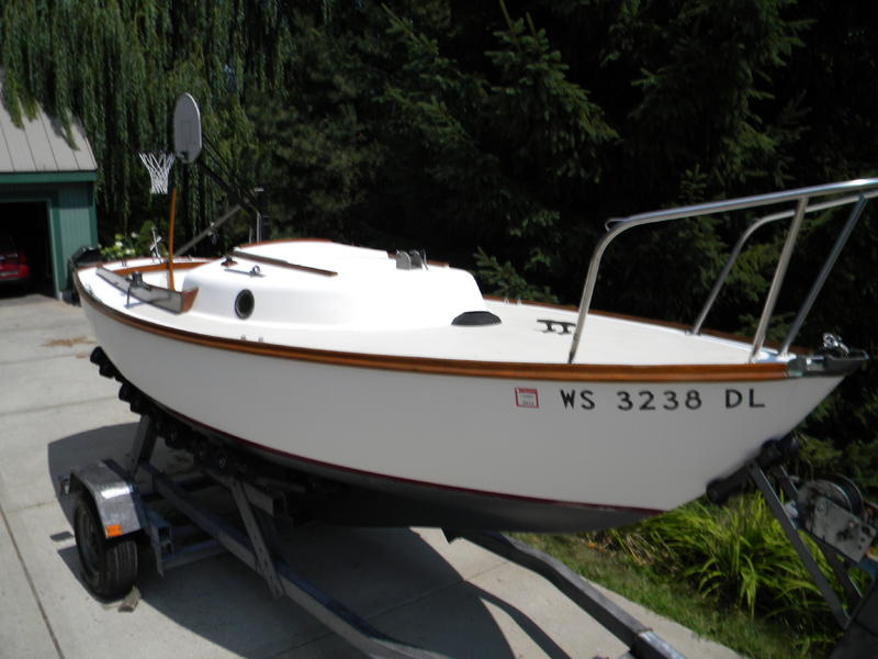 Cape Dory Yachts 1983 Typhoon Weekender