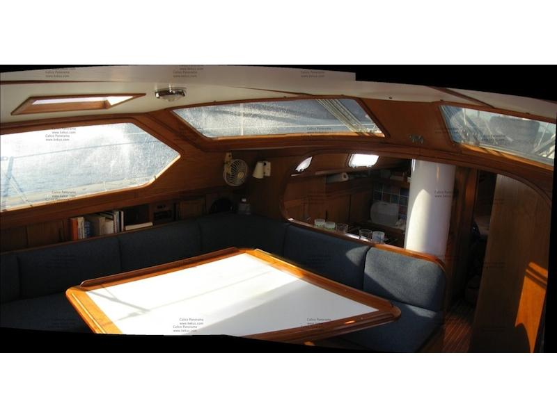 Freedom 39 Pilothouse