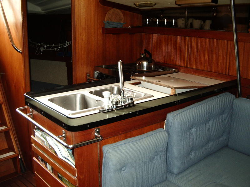 Express Yachting Goman 35