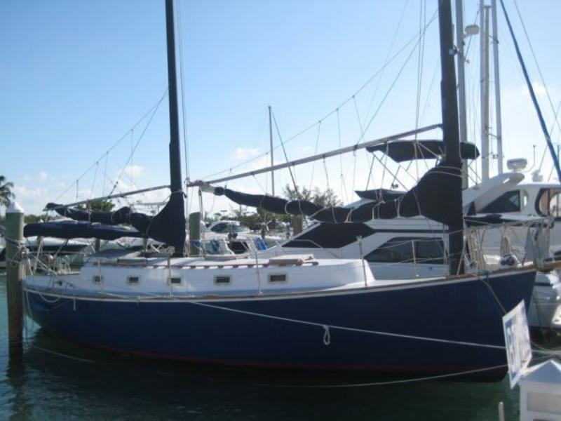 1984 Herreshoff Cat Ketch