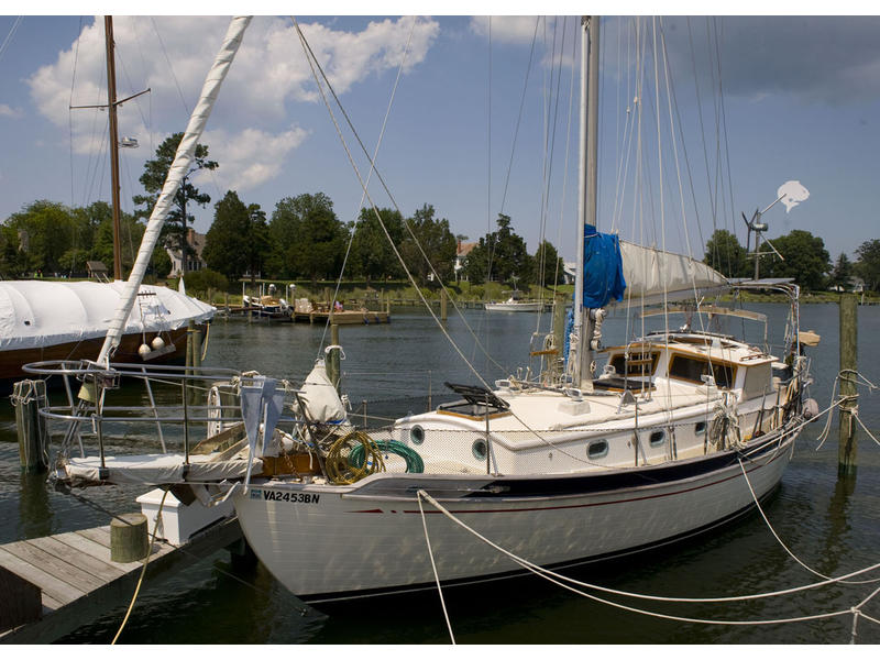 radio control yachts with 1984 Tayana T37 Pilothouse on Billing boats smit rotterdam besides putadorasautomotrices furthermore Products furthermore Uss 20batfish 20310 as well T50mod.