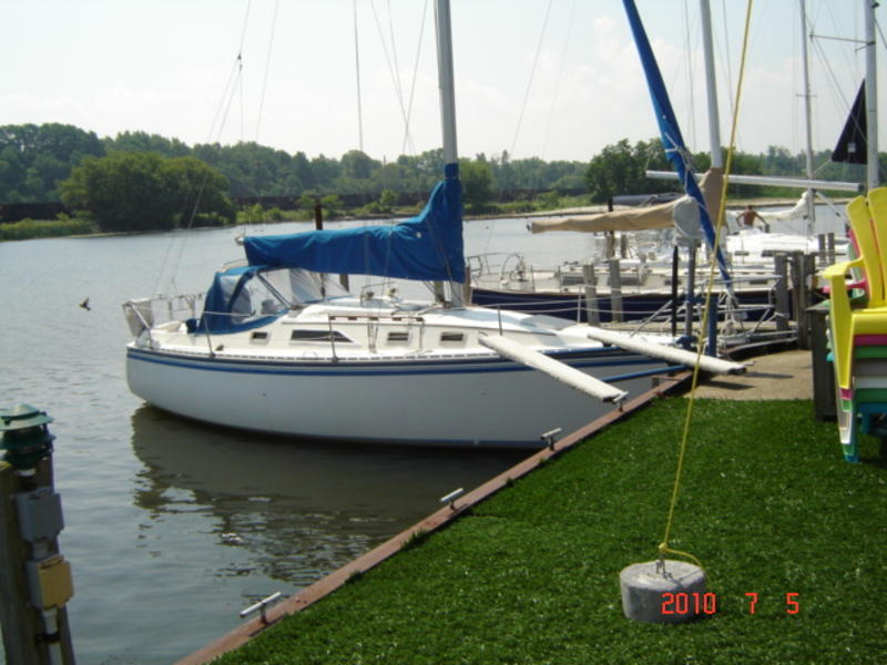 1985 Hunter Marine 31' Sloop