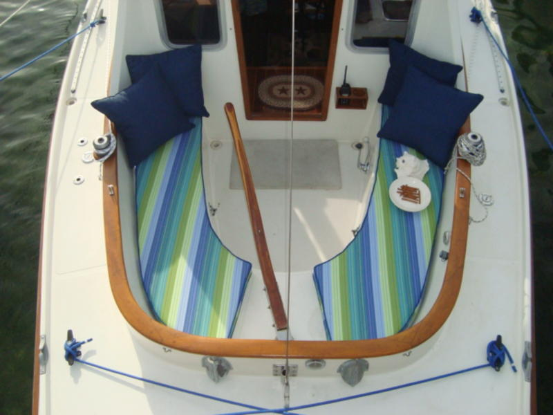 Bluejacket catboat