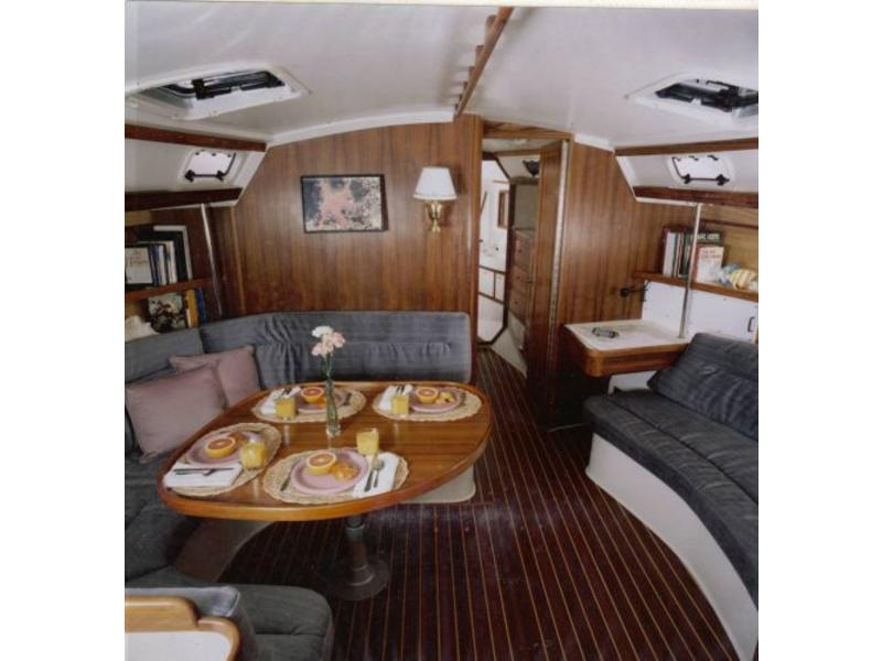 Catalina Two Stateroom Sloop