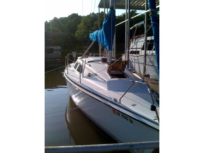 I haver a hunter 27  will Trade for larger boat 27