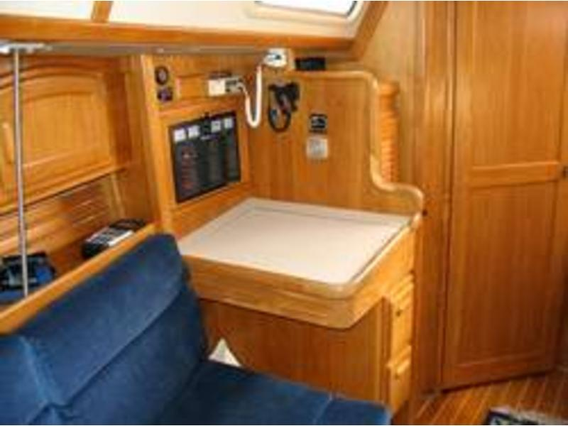 Pacific Seacraft Ericson 380