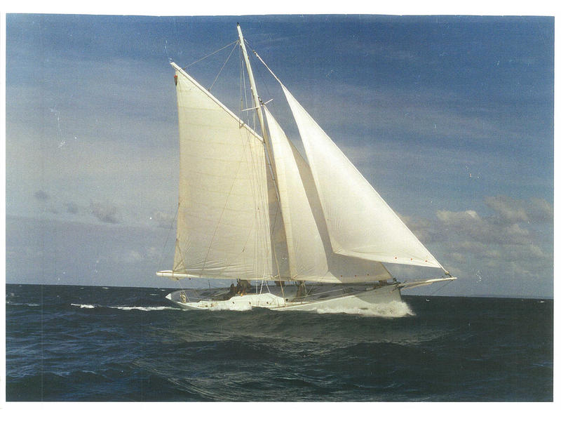 Outremer Petit Travers