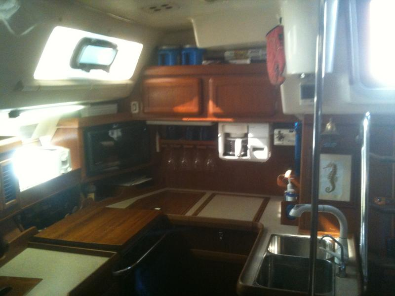 1997 Hunter Passage 42