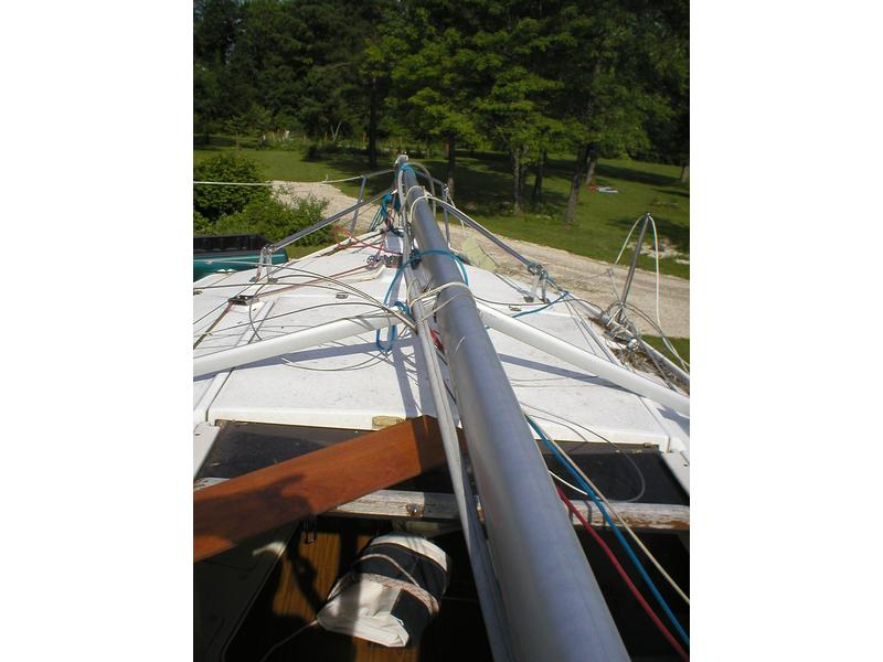 Hunter 26 sloop