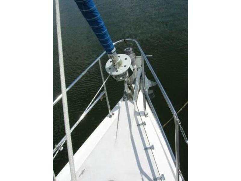 2001 CATALINA 380 SLOOP