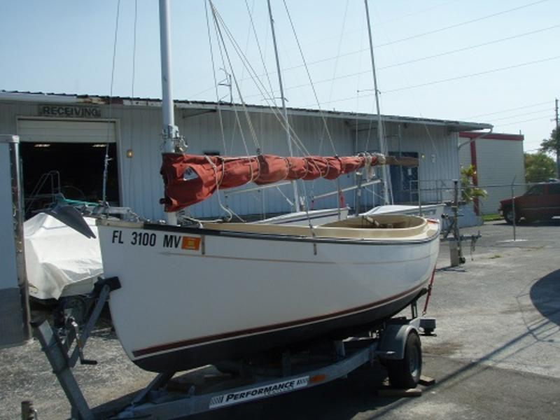 2002 Com-Pac Suncat Dayailor | Most Sailboats 2002 Com-Pac