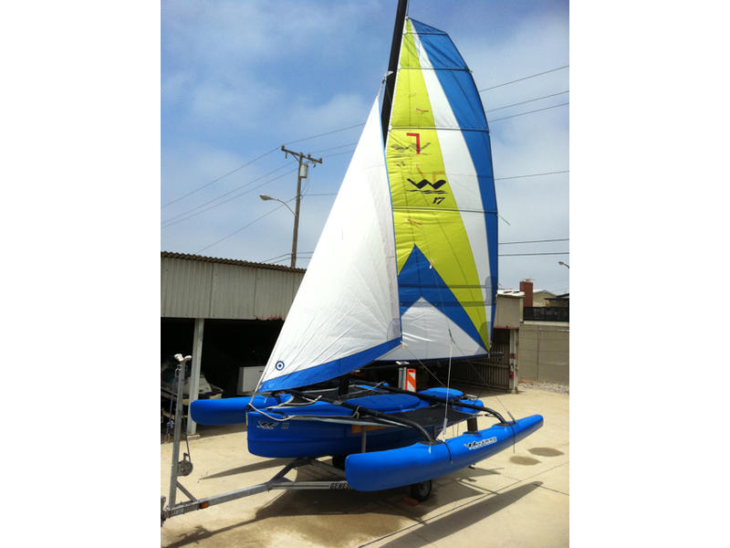 WindRider 17 Trimaran