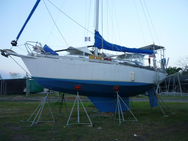 2007 Bluewater Cutter