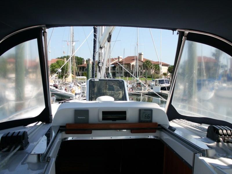 Reduced 2007 Hunter 41DS