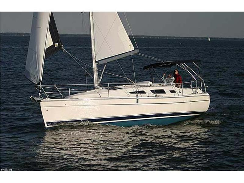 Hunter Marine 33
