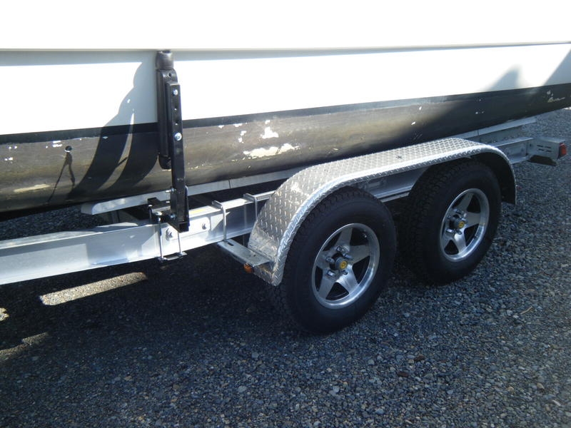 Venture Aluminum Tandem Trailer for Macgregor 26X or 26M